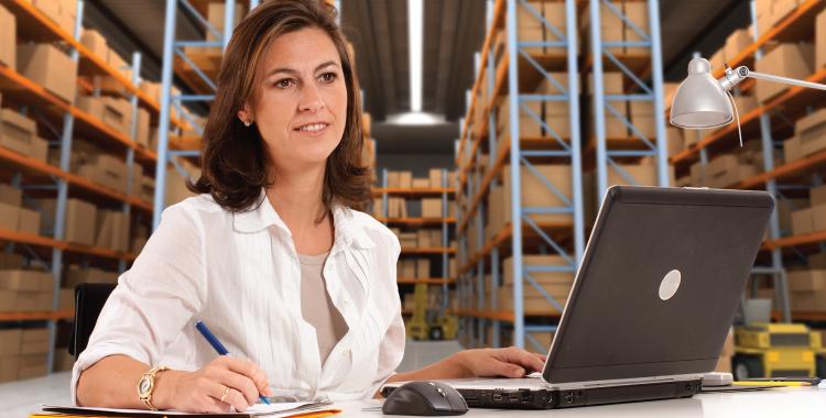 Tecnico logistica - 10 cursos tecnicos com maiores salarios no Brasil
