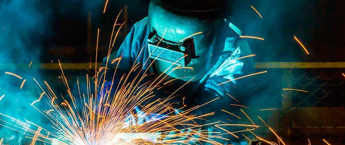 Vagas para soldador e mecanico com ótimos salários e benefícios